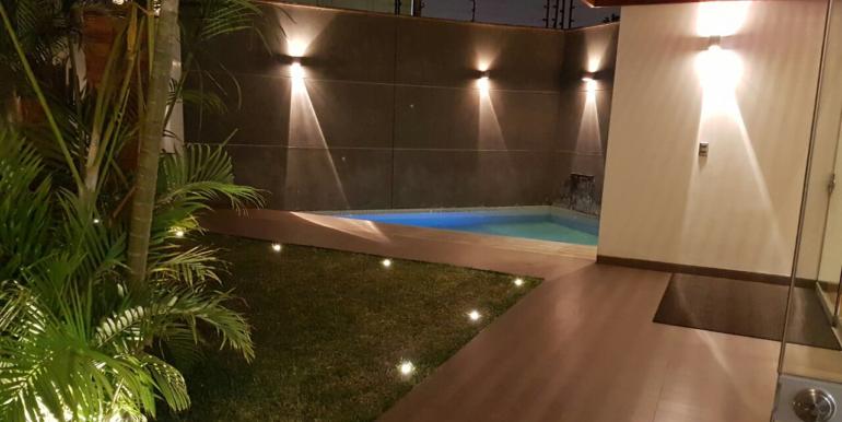 casa-la-molina-la-fontana-piscina